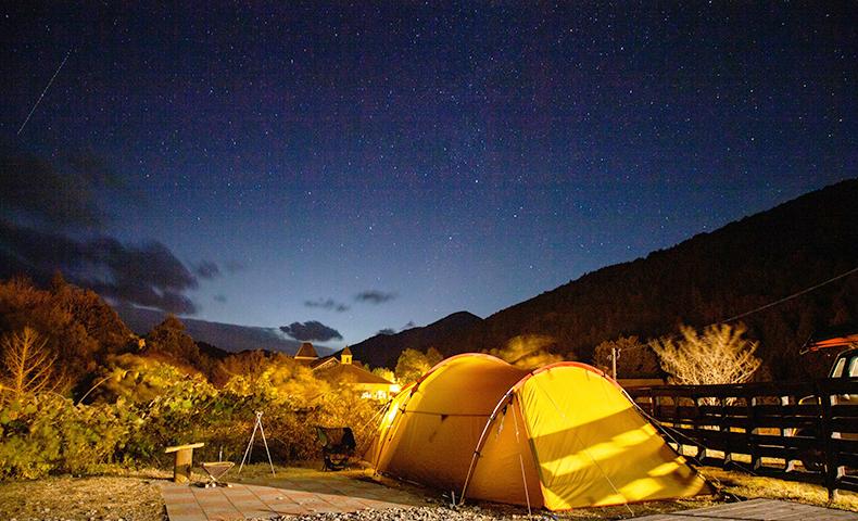 キャンプ ワーケーション